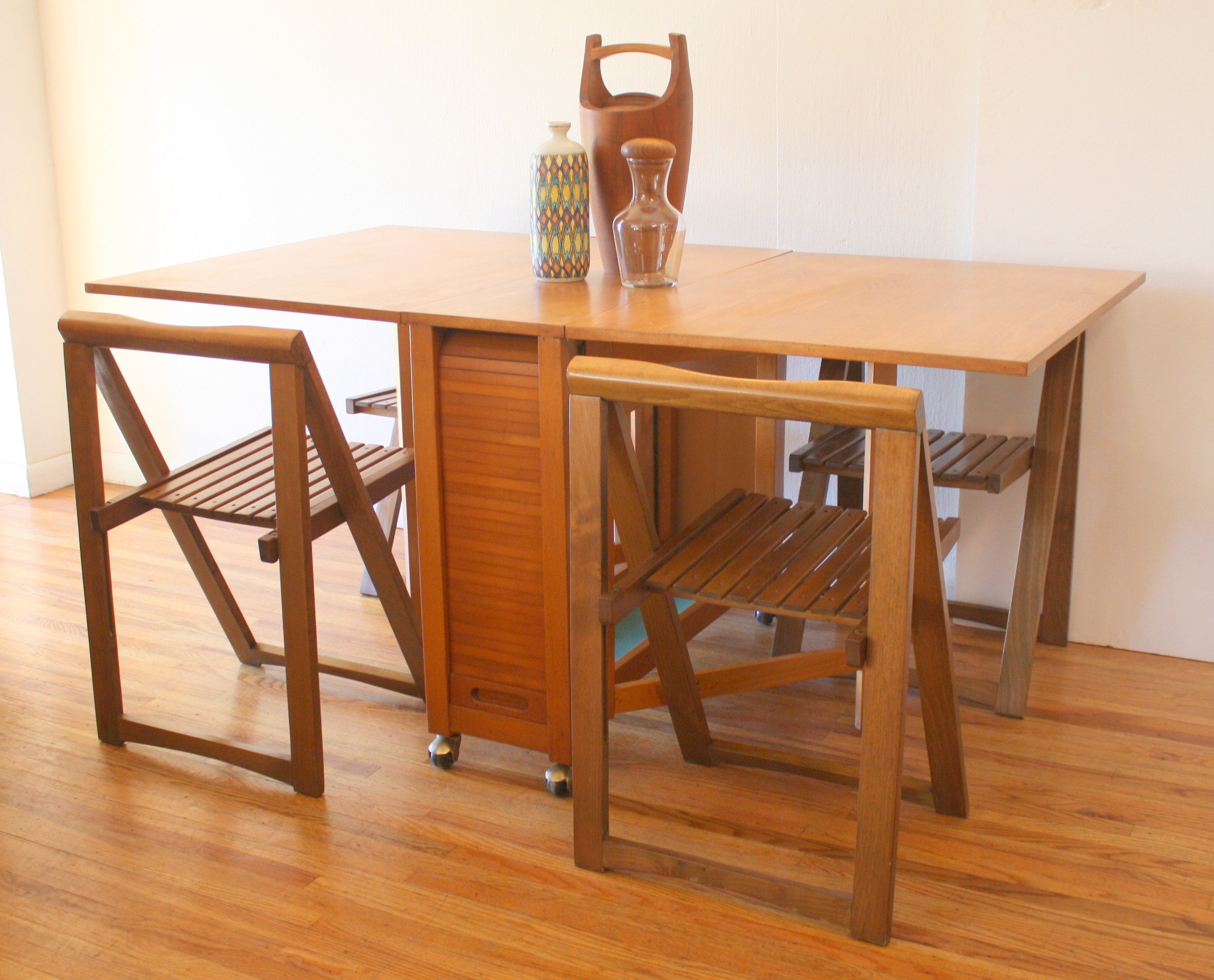 Vintage Herman Miller Chairs >> Mid Century Modern Gateleg Dining Table & Chairs | Picked Vintage