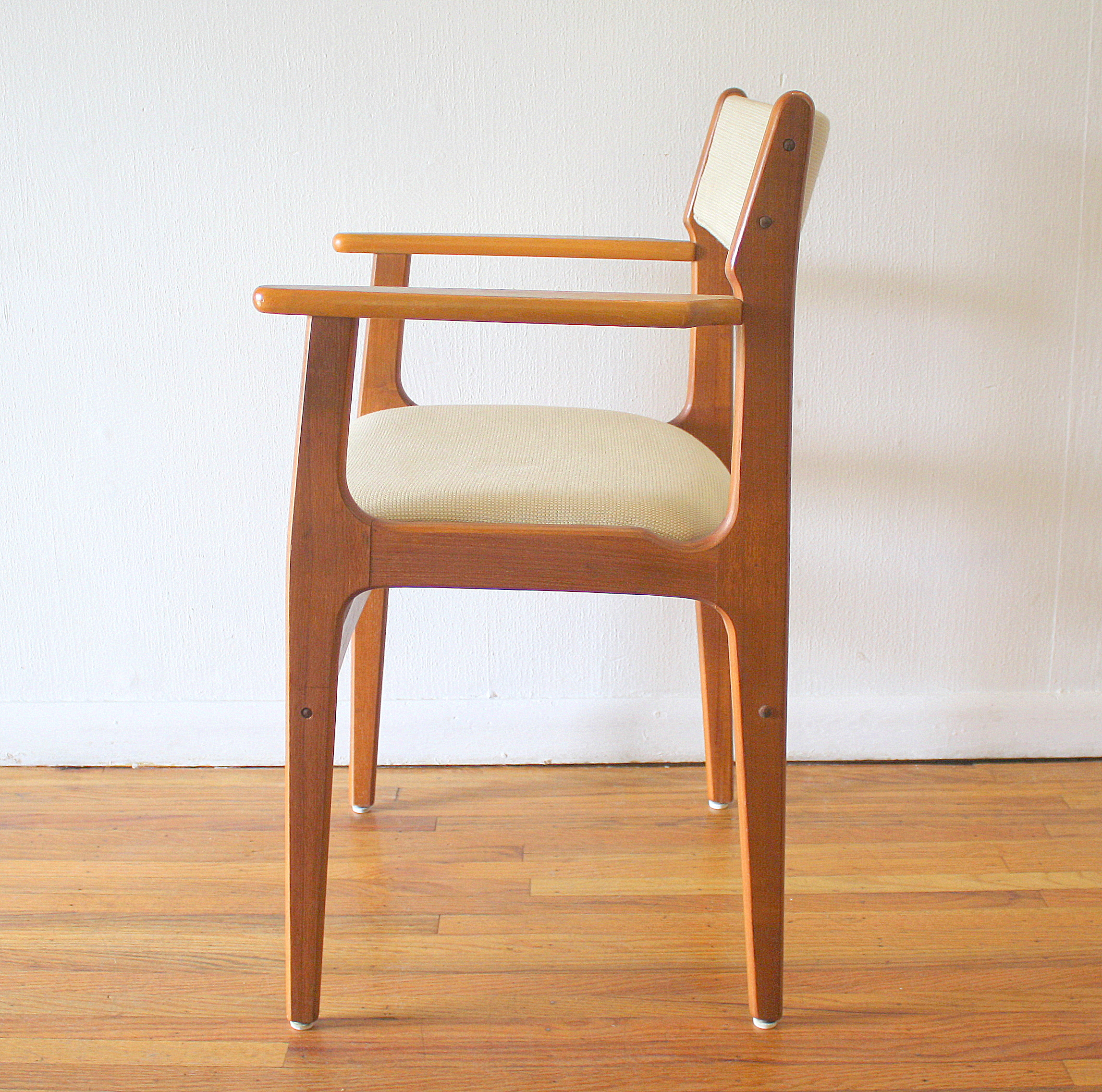 Mid Century Modern Danish Teak Arm Chair Amp Side End Table