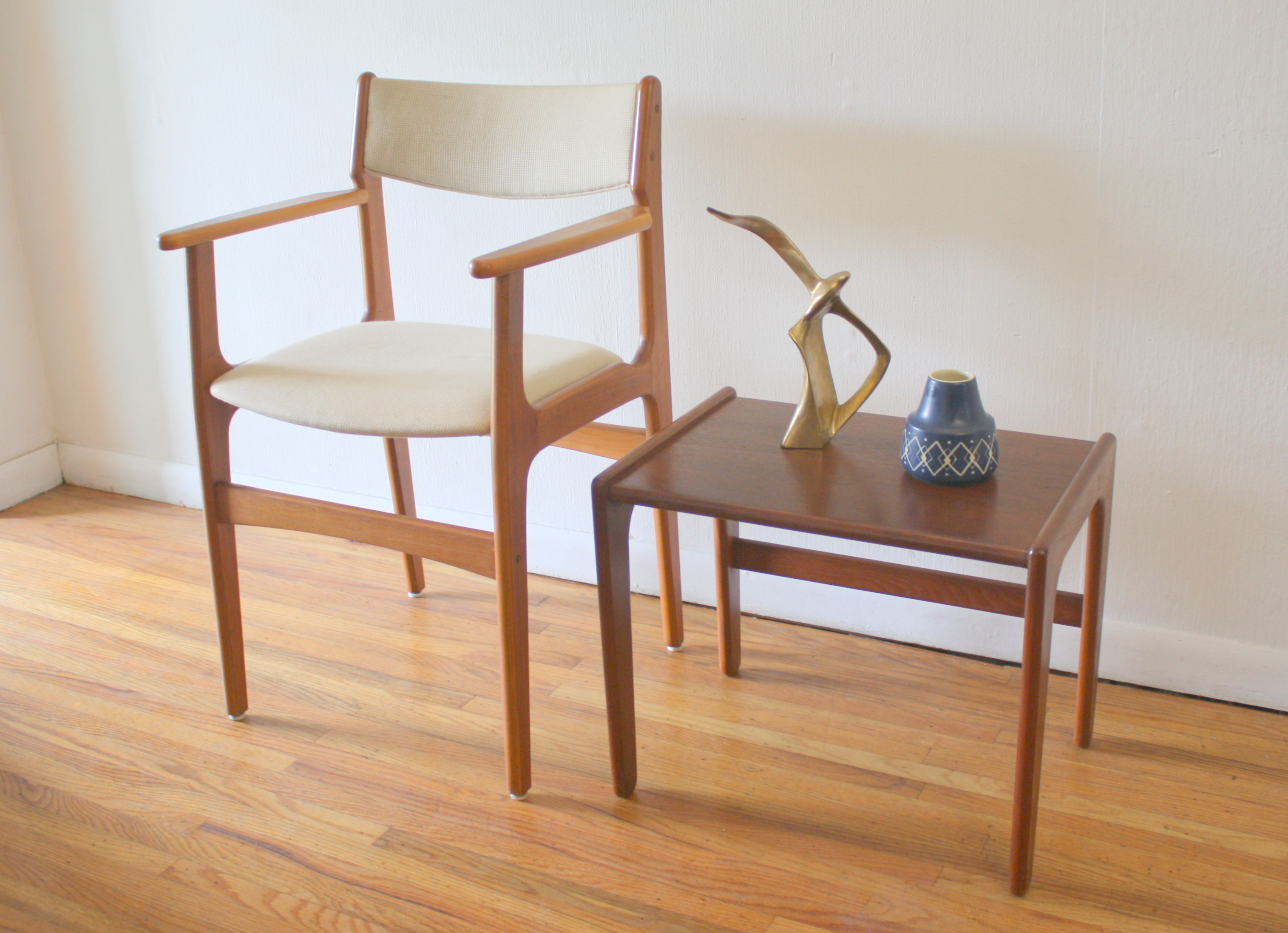 Danish teak compilation chair and table