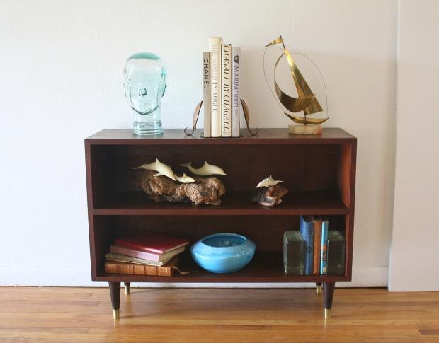 mcm mini bookshelf 1.JPG