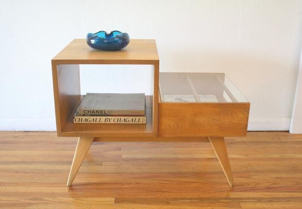 mcm 2 tiered table with magazine shelf 1.JPG
