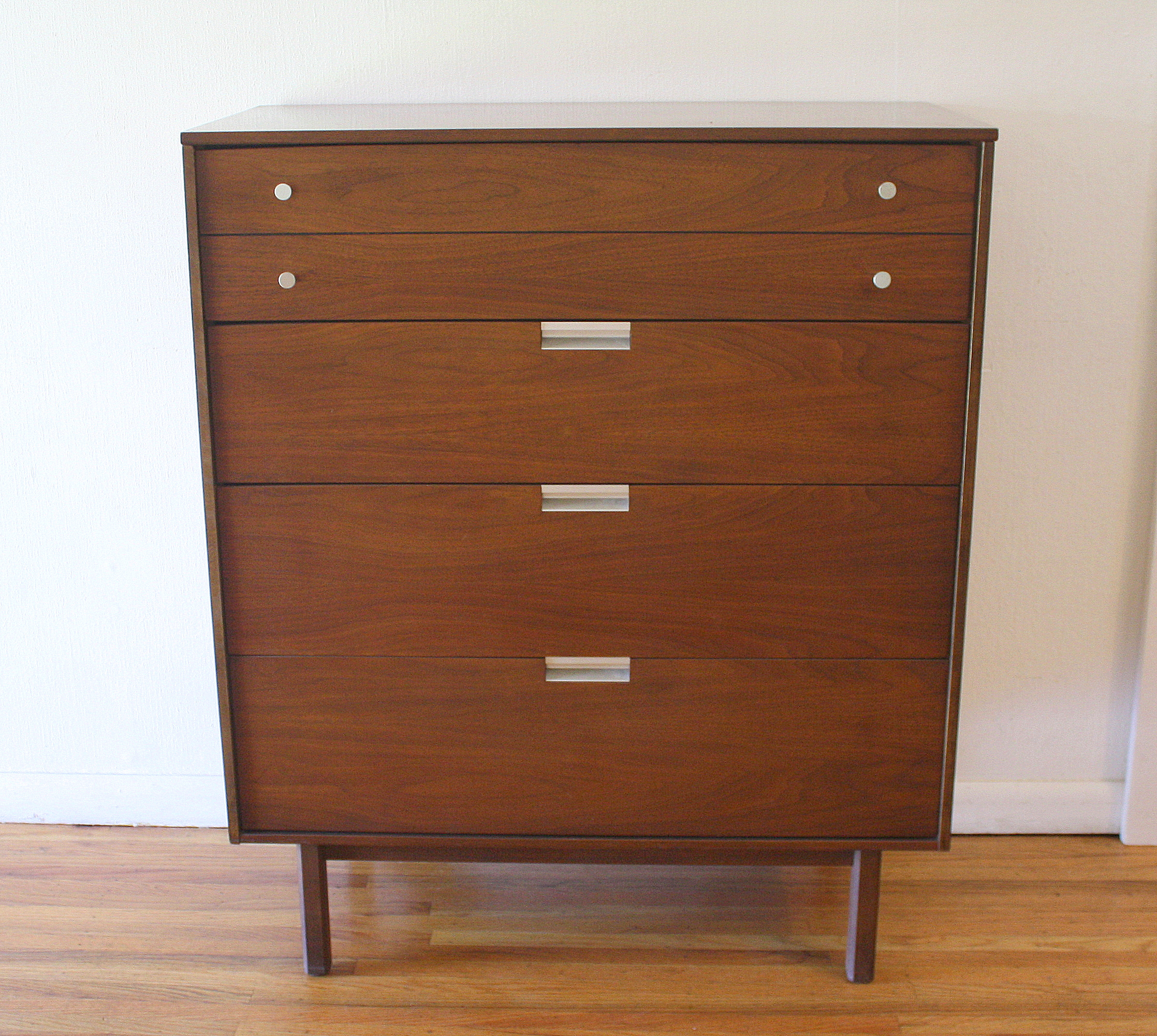 Bassett tall dresser with silver knobs & pulls 3.JPG