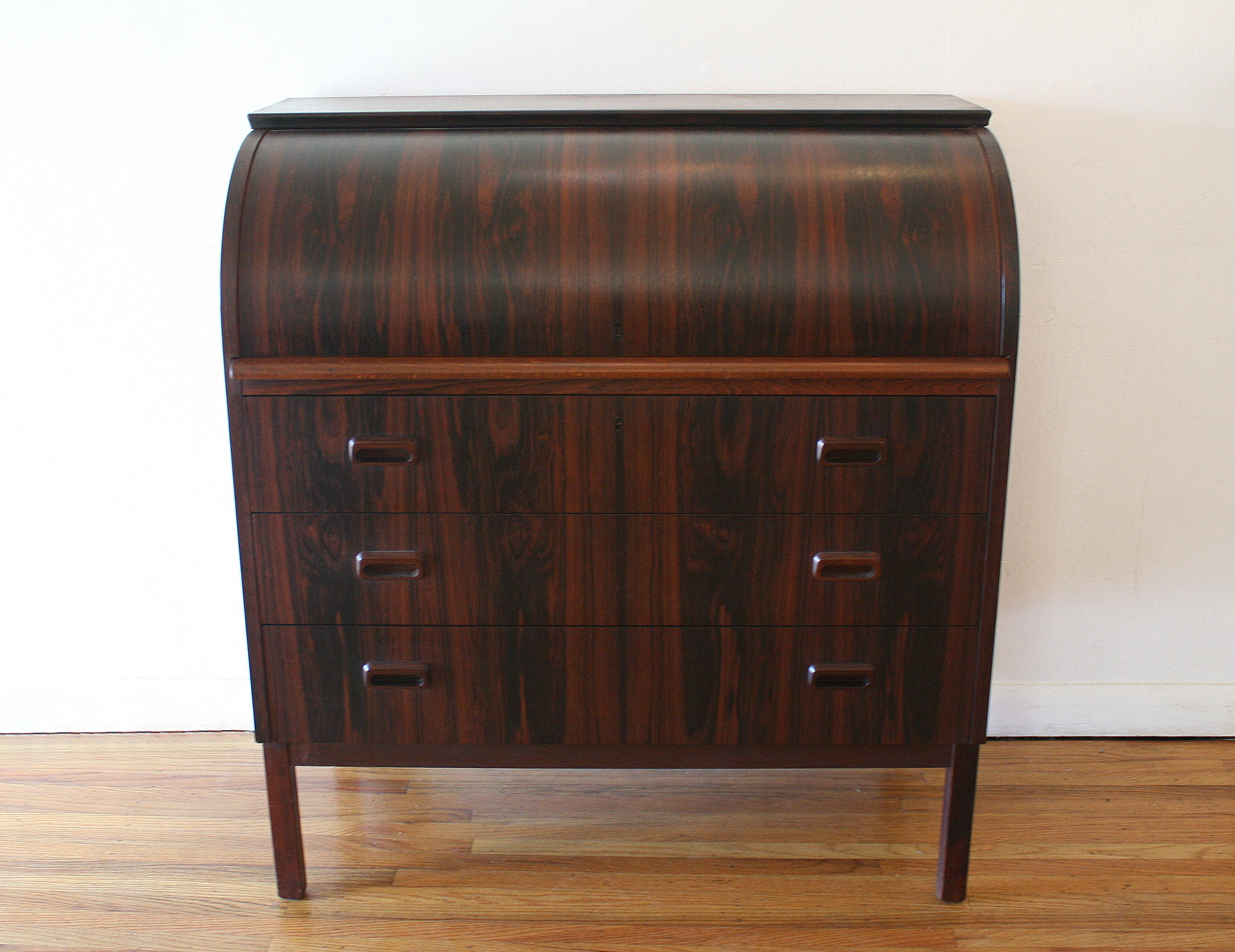 Swedish rosewood desk 6