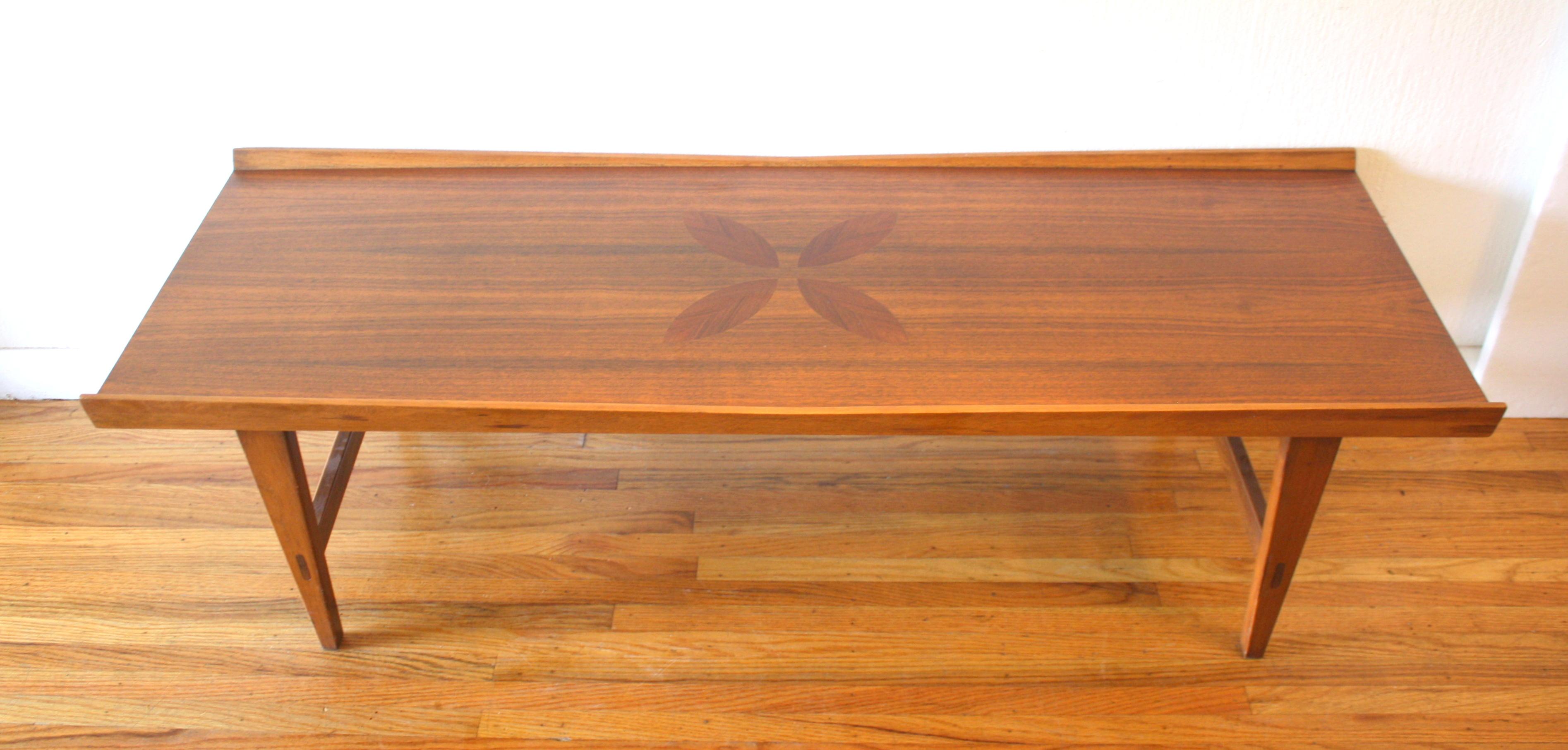 Lane parquet flower coffee table 2