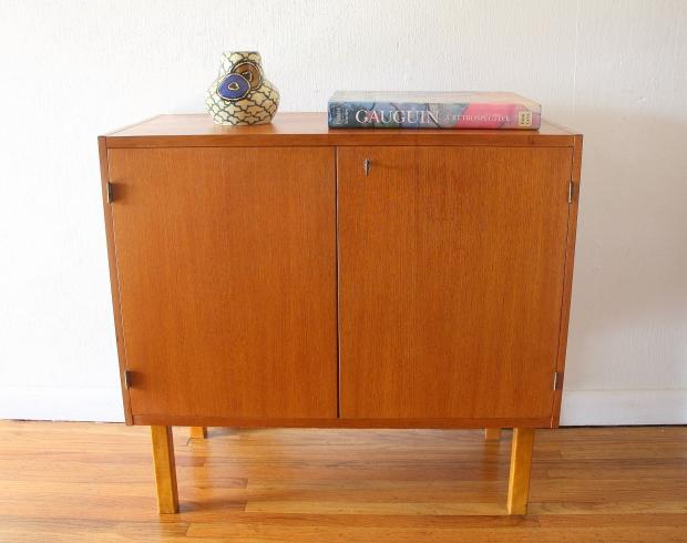 Danish teak mini cabinet 1