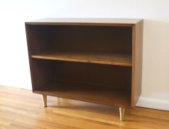 Mcm bookshelf with brass legs 2