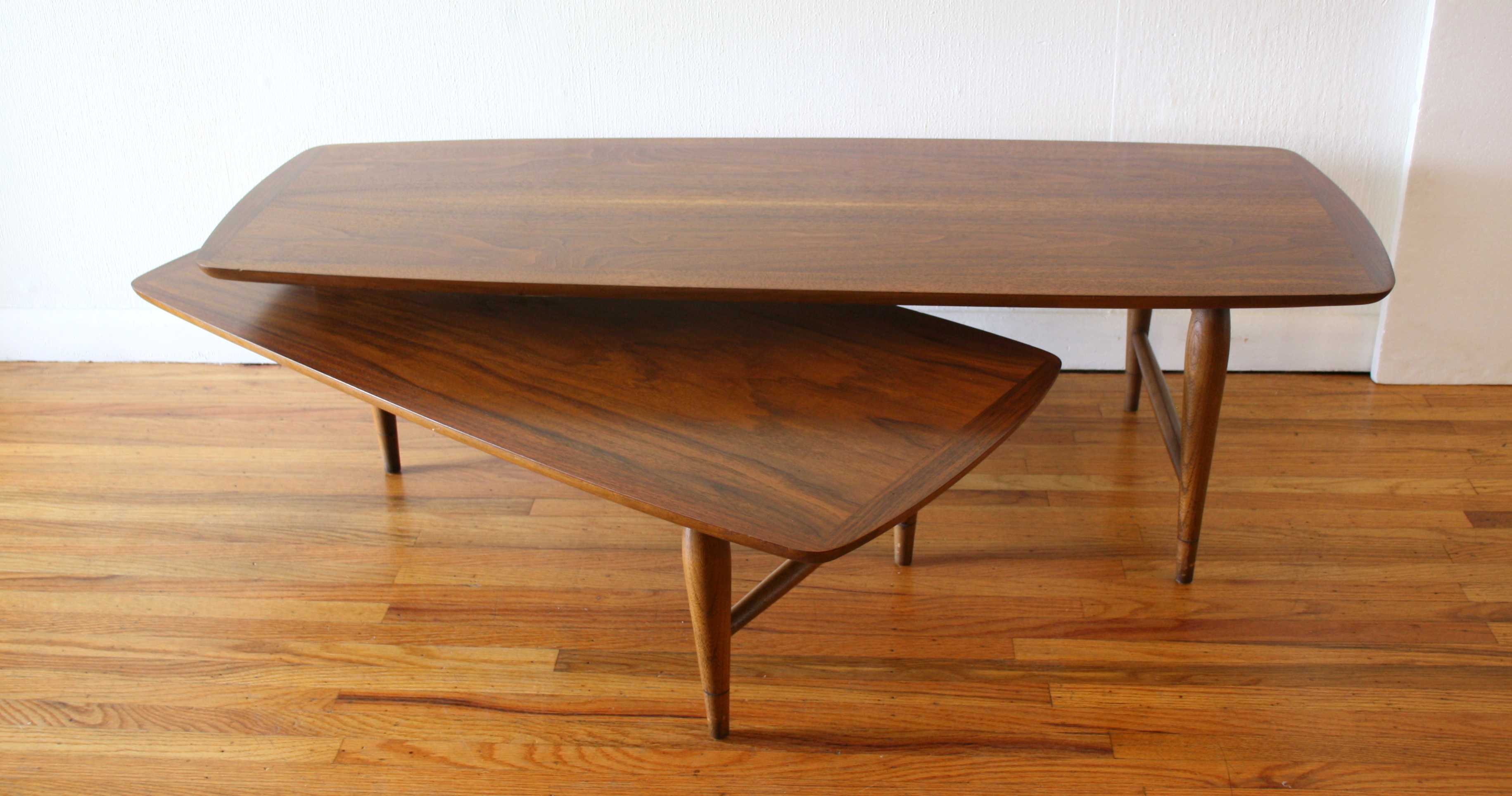 Mcm boomerang coffee table 2