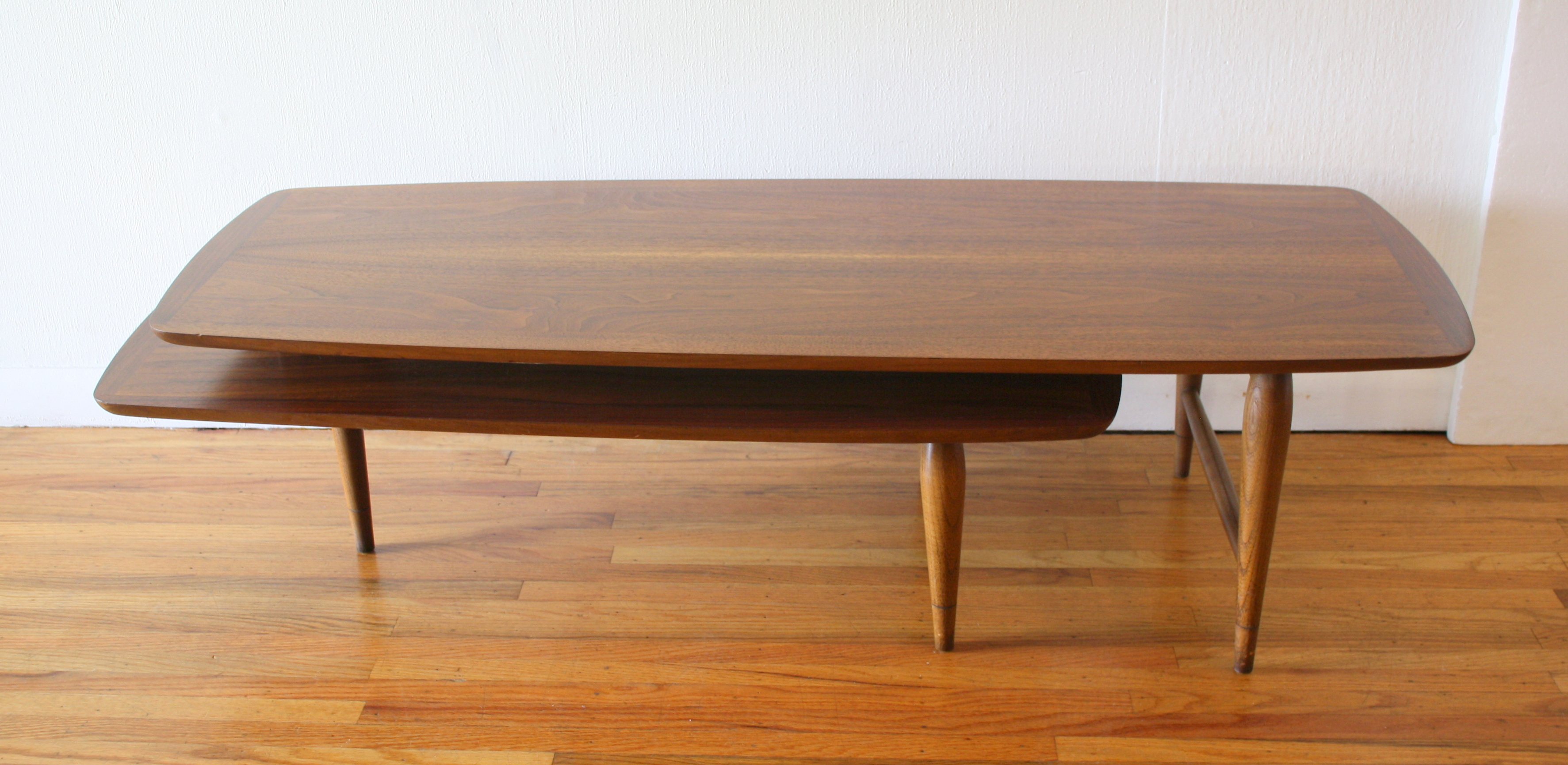 Mcm boomerang coffee table 4