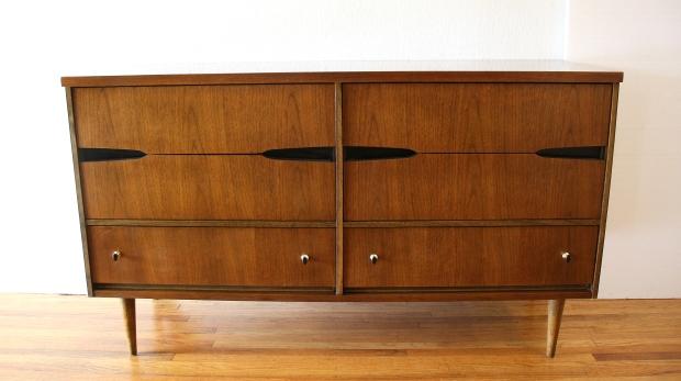 Bassett low dresser with sculpted pulls 1.JPG