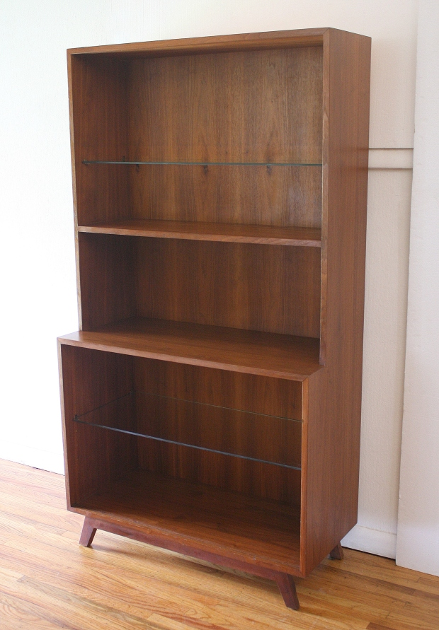 mcm sheving unit with adjustable shelves 1