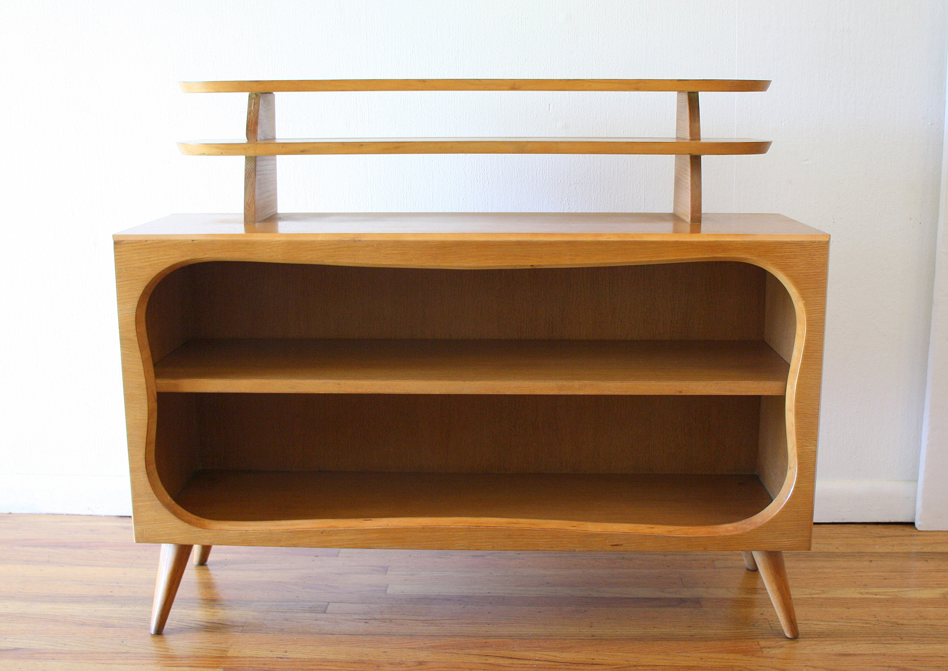 Mcm shelving unit with splayed legs 1