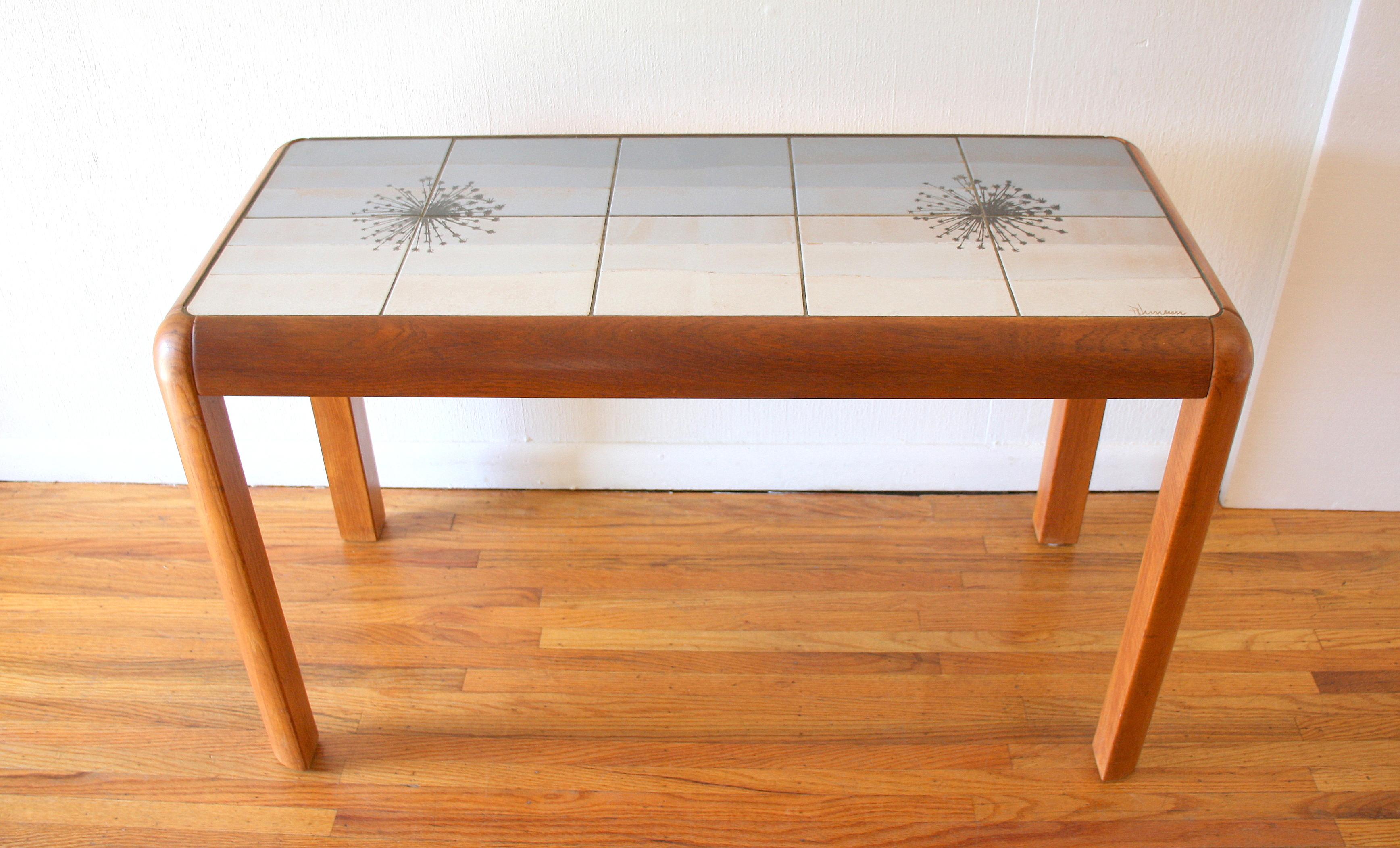 Poulsen console table 1