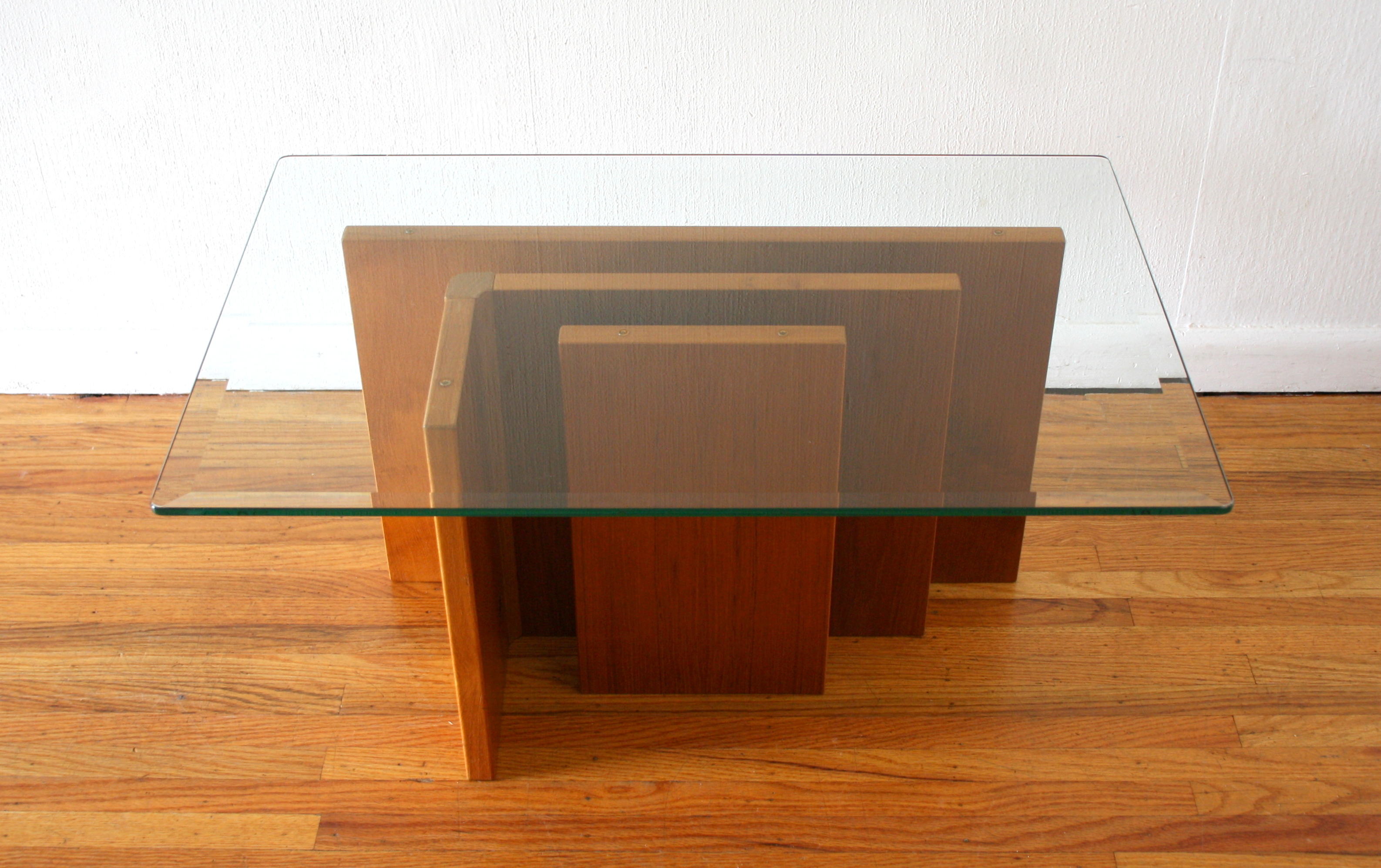 Gustav Gaarde coffee table 4.JPG