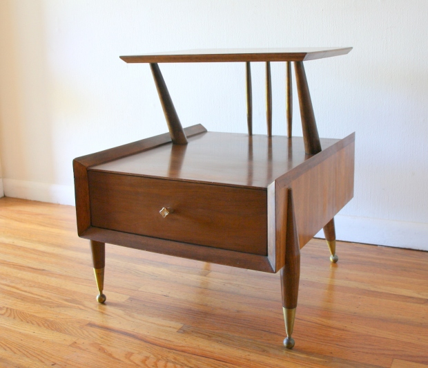 Kent Coffey 2 tiered side end table