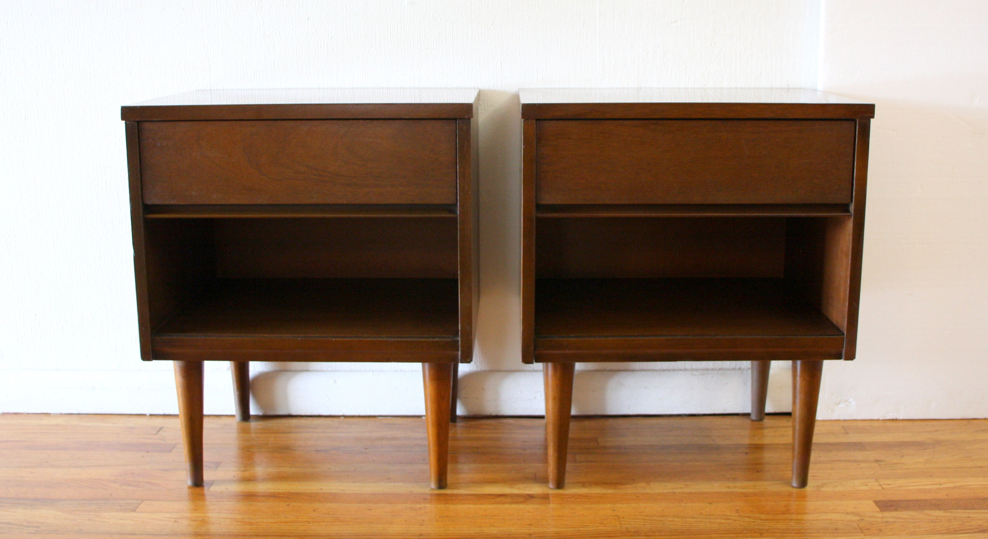 Mcm pair of streamlined nightstands 1