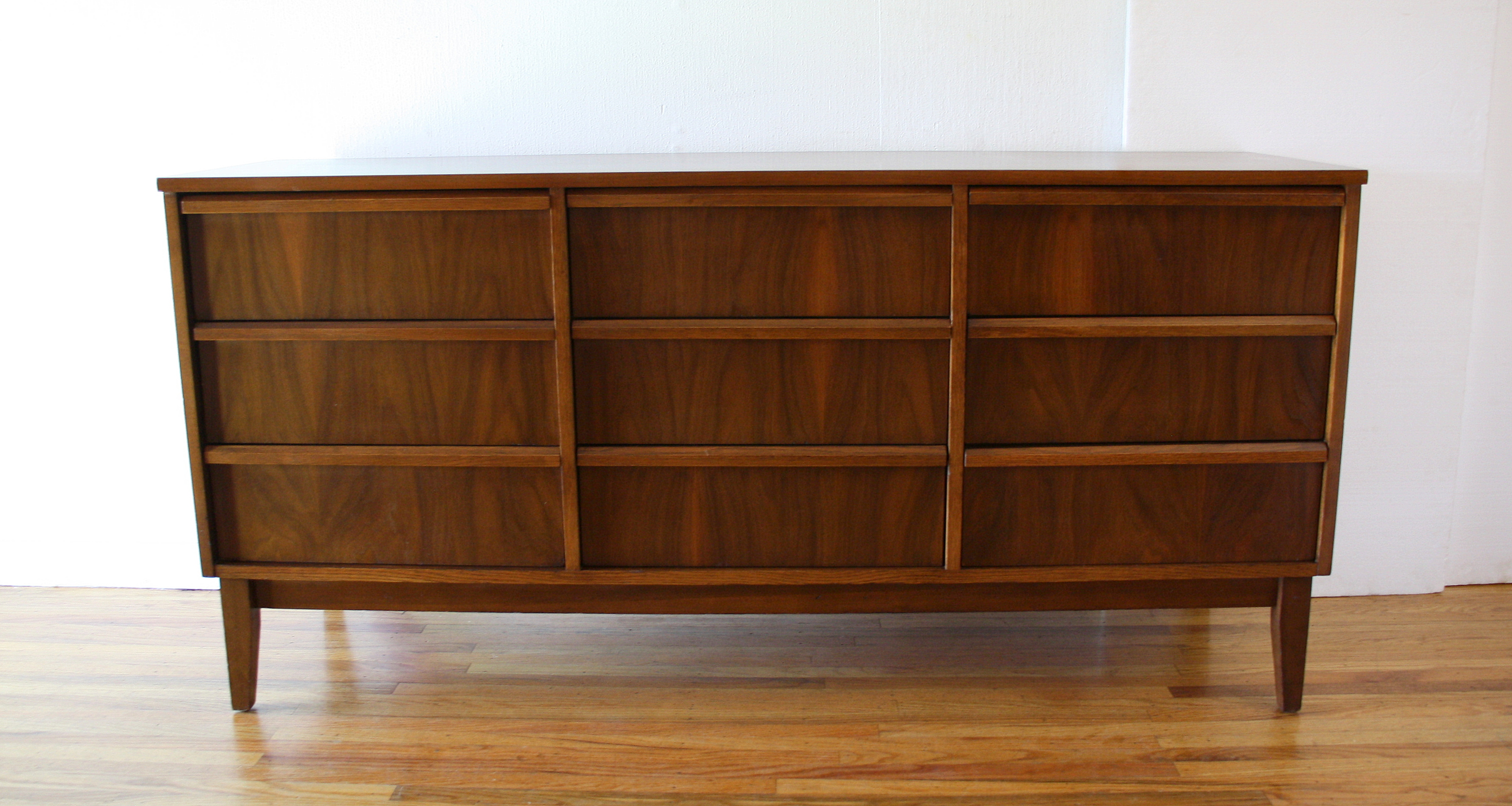 mcm streamlined low dresser 1