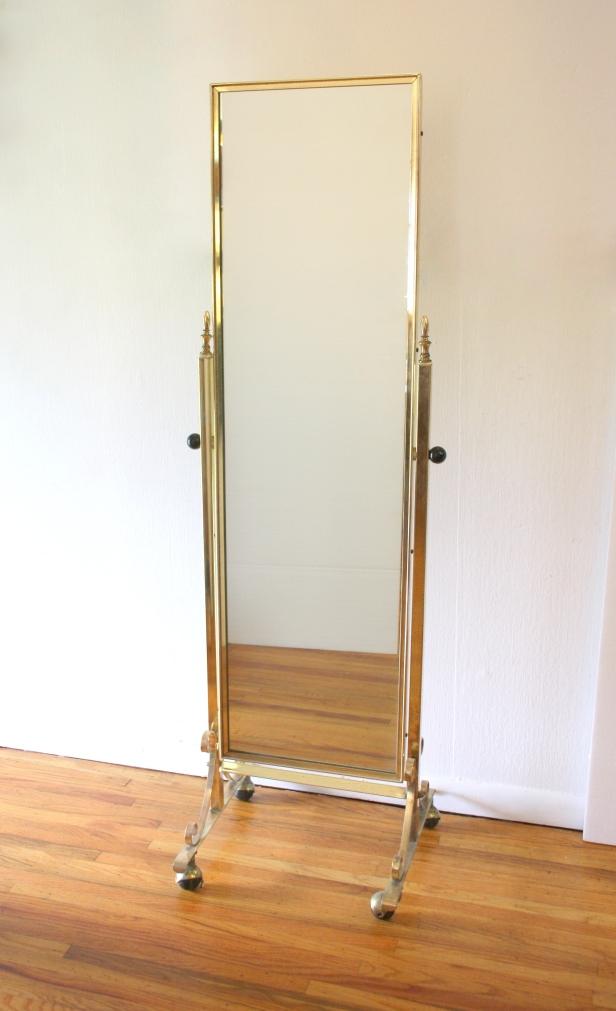 Standing brass mirror 1