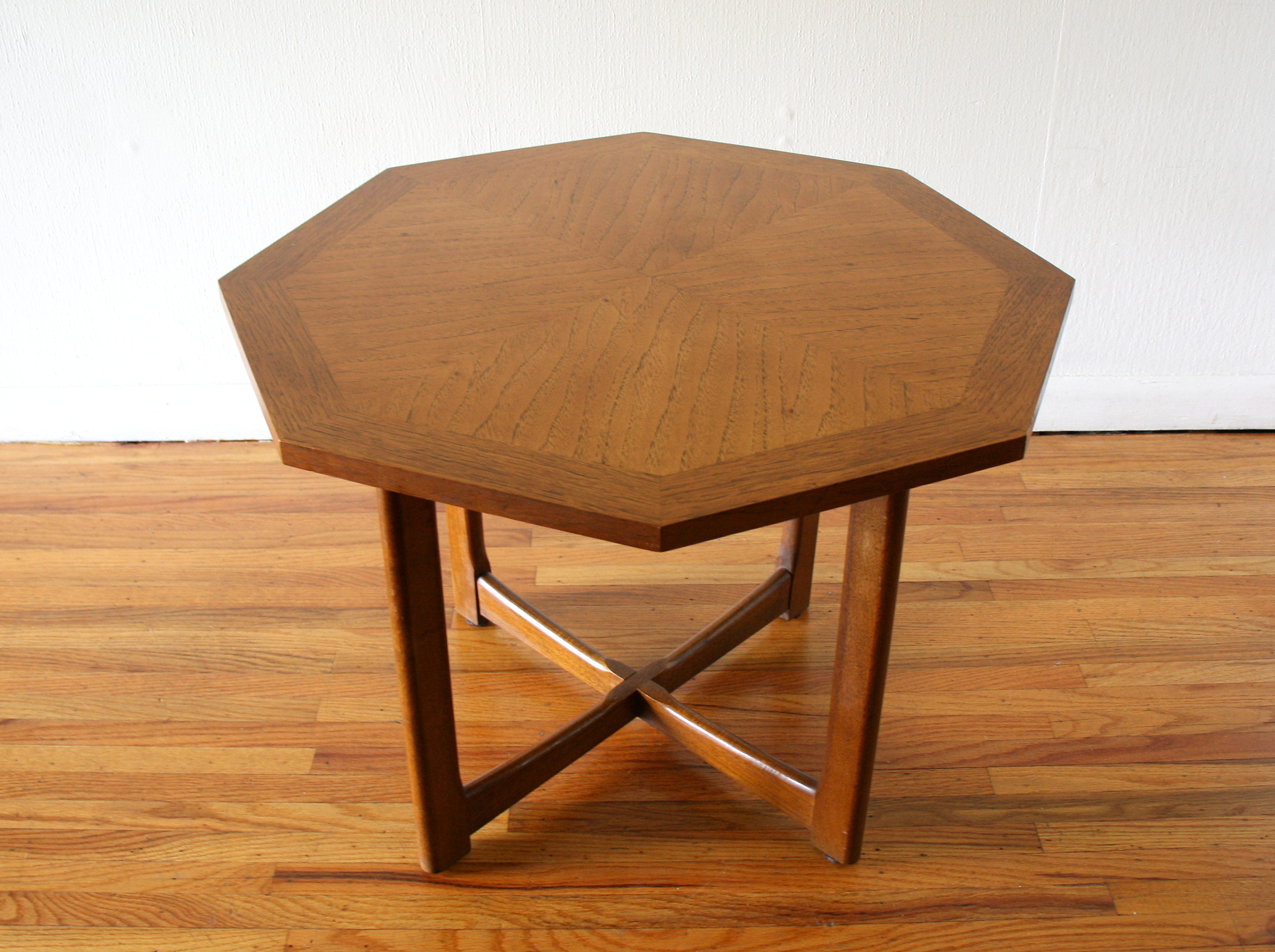 Mcm sunburst table with cross base 2