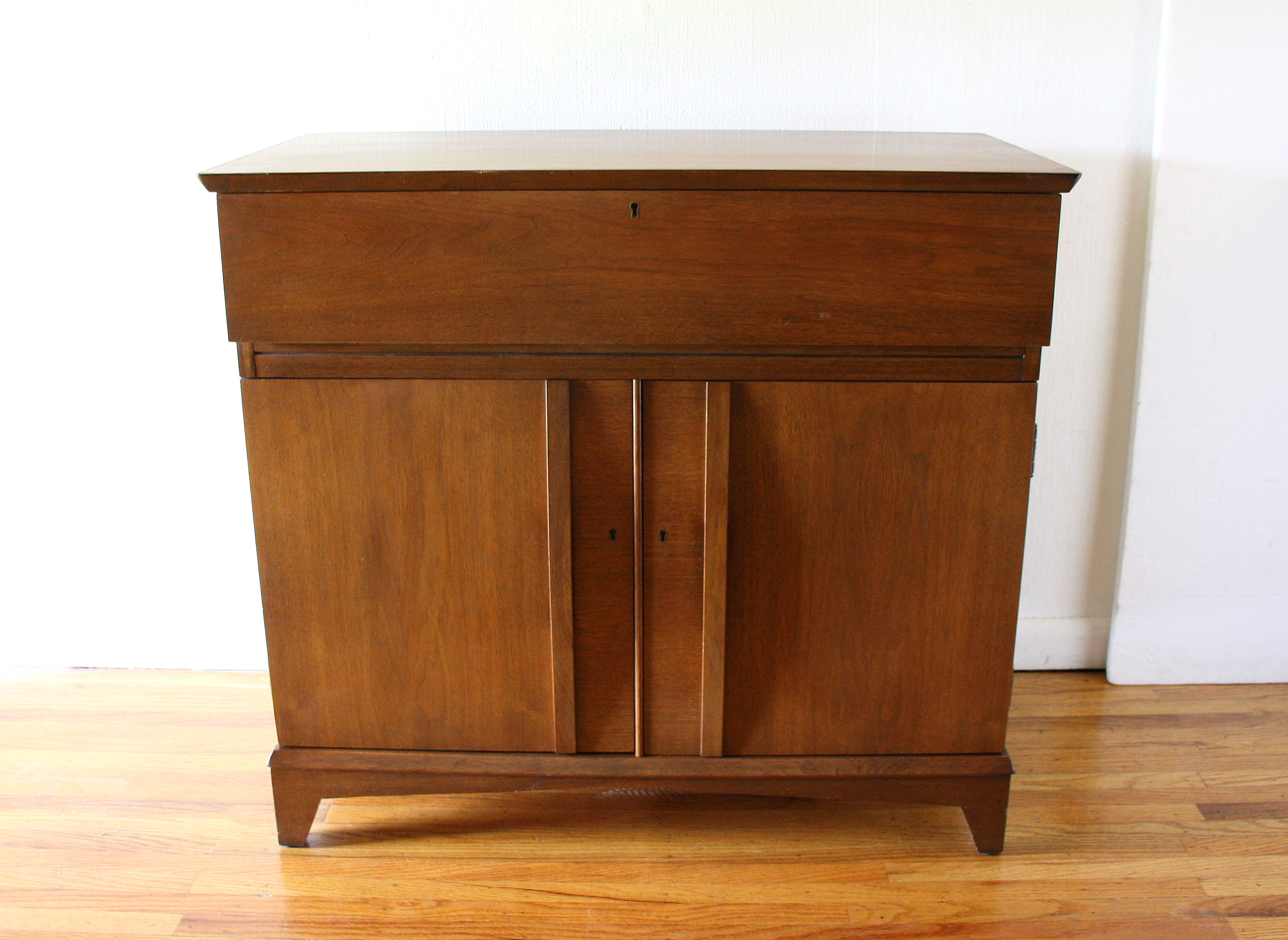 Mcm bar cabinet 1