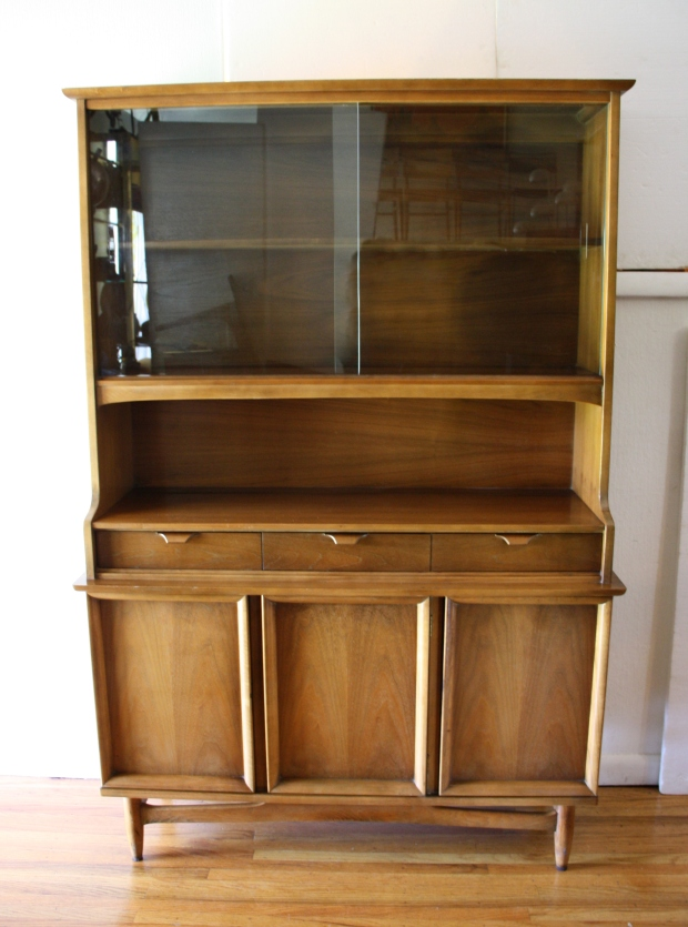 Mcm china cabinet hutch with arched base 1